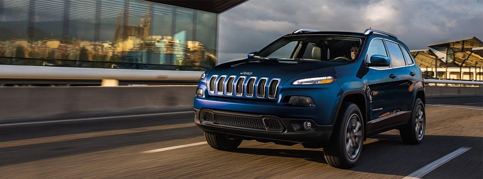 All New 2018 Jeep® Cherokee Latitude Compare